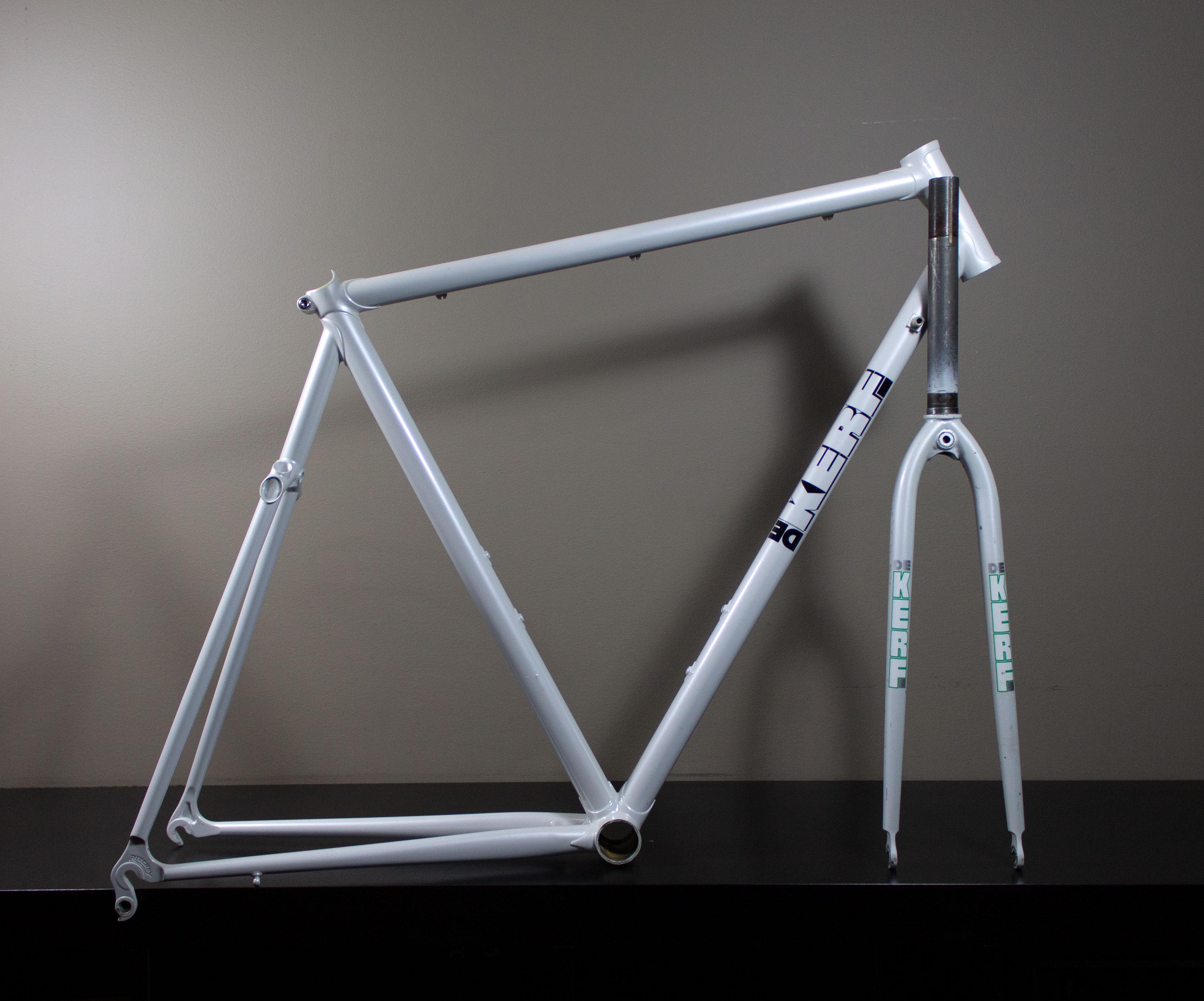 Dekerf White Frame & Fork